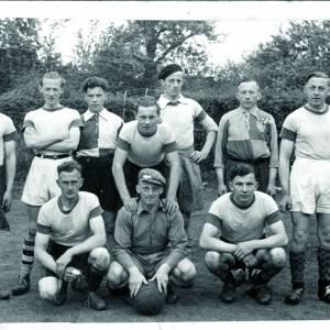 Voetbalvereniging Reutum viert 75-jarig bestaan met reünie en festiviteiten