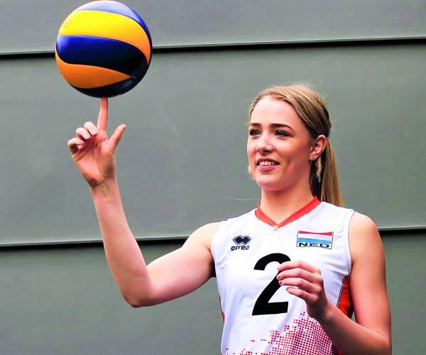EK Volleybal lonkt voor Noa Krikhaar uit Geesteren