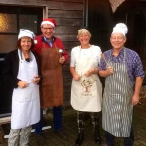 Niemand Alleen In Langeveen breidt kerstdiner voor alleenstaanden uit