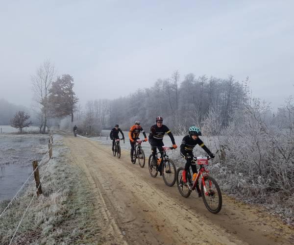 Mountainbikers verleggen grenzen bij Hezinger Grens Classic