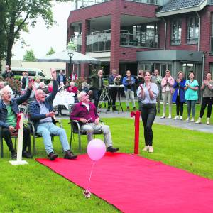 Zorgboulevard Eeshof gereed met officiële opening van tuin