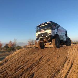 Riwald Dakar Team zeer tevreden over resultaten nieuwe hybride rallytruck