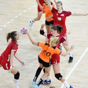 Handbalster Lynn Kuipers met Oranje naar zilver op Olympisch Festival