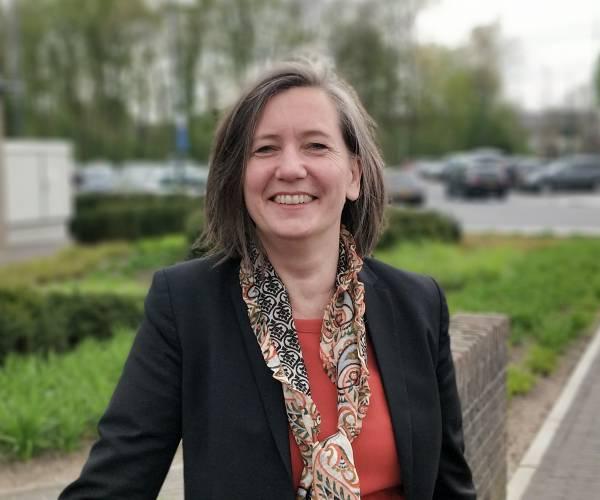 Jolande Scholten nieuwe gemeentesecretaris en algemeen directeur Noaberkracht