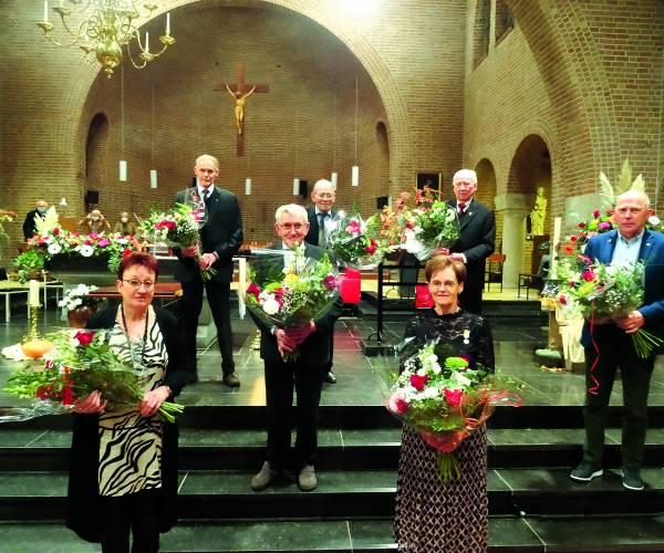 Acht jubilarissen Pancratiuskoor Albergen