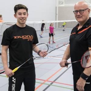 Badmintontopper Sebastiaan Li geeft demonstratie