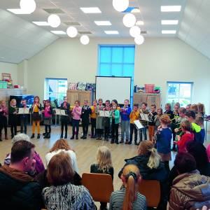 Van dwarsfluit tot viool proberen tijdens open dag Kaliber Kunstenschool