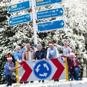 Platvot oet Albeerg viert kerst met een Nieuw Testament!