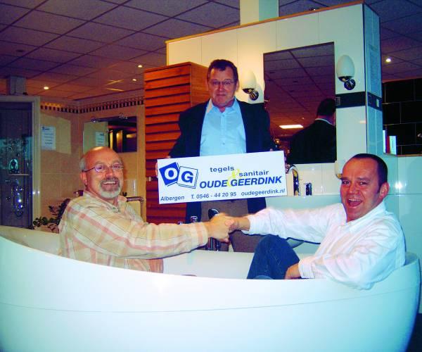 Hoofdsponsor Oude  Geerdink Tegels en Sanitair al 15 jaar trouw aan biljartvereniging BOG-KOT